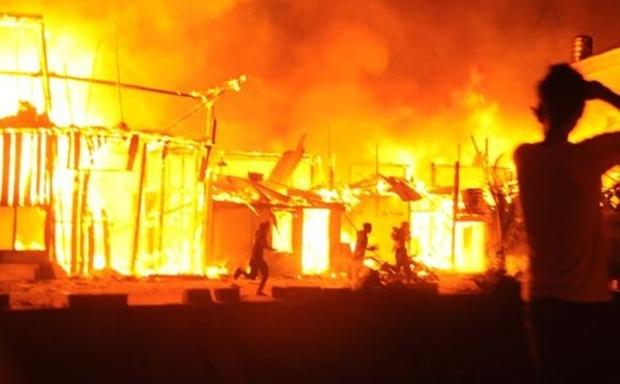 Kebakaran Melanda Kawasan 13 Ilir