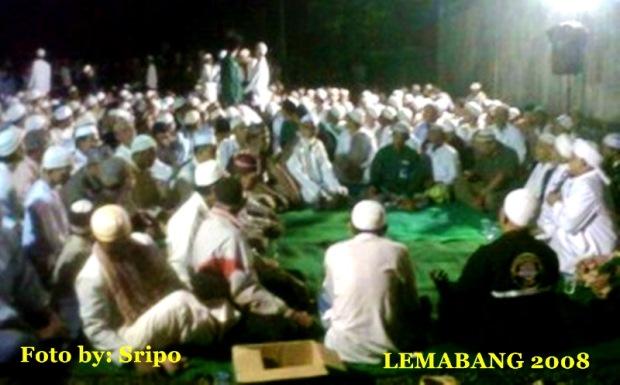 Ribuan Umat Yasinan di Makam Syekh Syaiful Alkaff