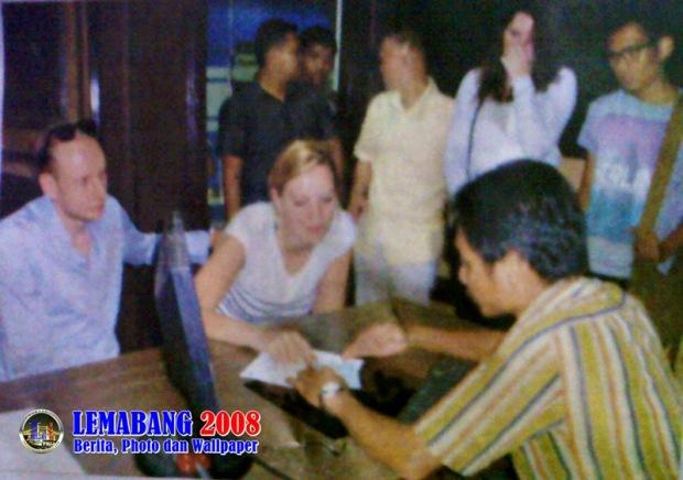 Turis Asal Belanda Kejambretan di Palembang