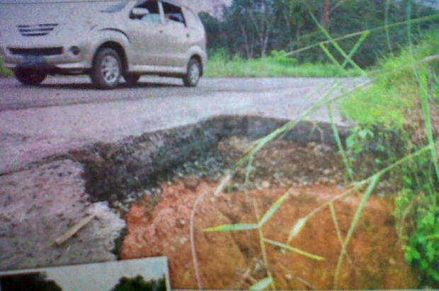 Jalan Raya Prabumulih-Baturaja Hancur, Rakyat Menderita