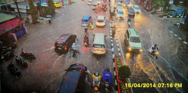 Dua Tahun Pantau Banjir