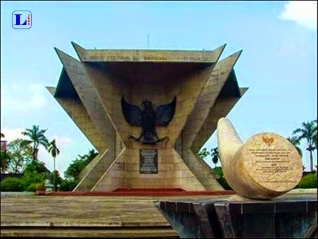 Melihat Objek Wisata Monpera Palembang