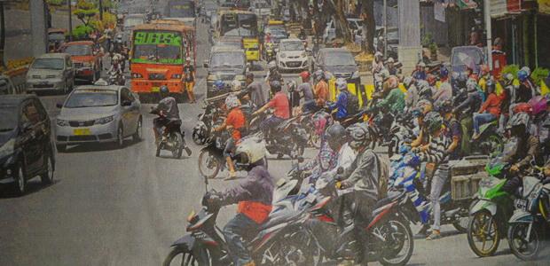 Jumlah Sepeda Motor Menggila