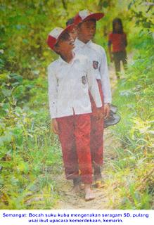 Sang Saka Merah Putih Berkibar di Hutan Pedalaman